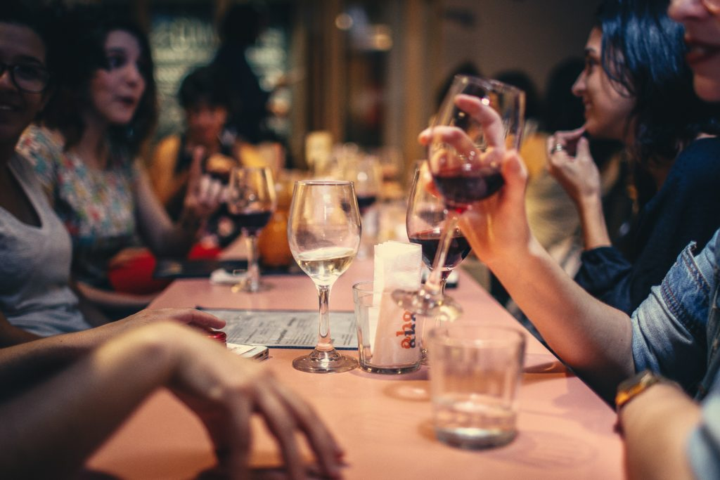 4 Tips for Planning Your Next Networking Happy Hour
